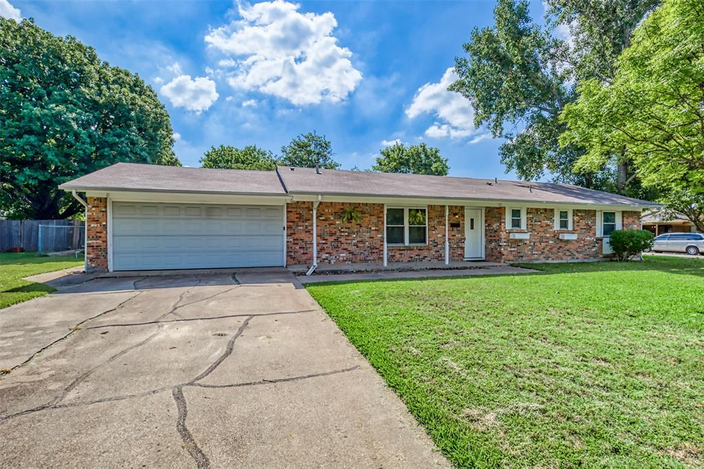 Sold Property   3825 Palomino  Drive Benbrook, TX 76116 2