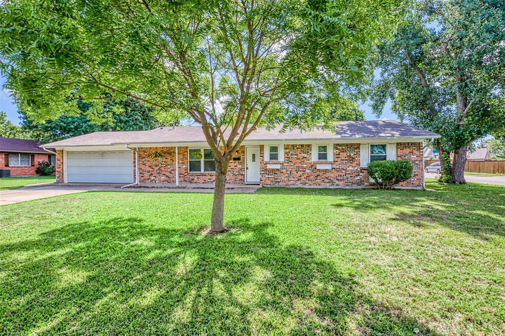 Sold Property   3825 Palomino  Drive Benbrook, TX 76116 3
