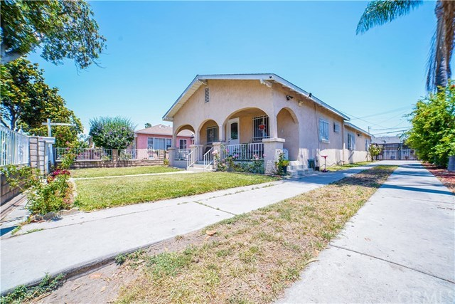 Closed | 8990 Cypress Avenue South Gate, CA 90280 2