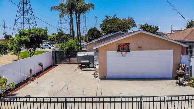 Closed | 8990 Cypress Avenue South Gate, CA 90280 17