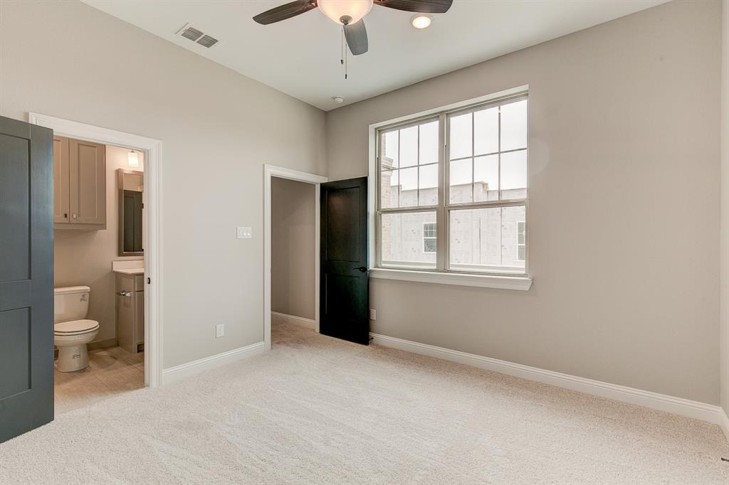 Active | 300 Nursery  Lane #104 Fort Worth, TX 76114 23