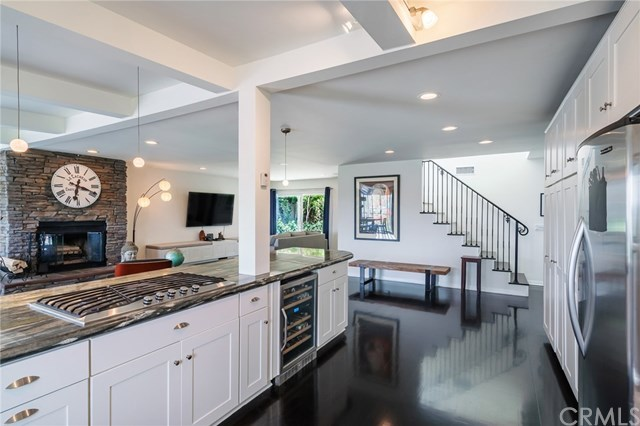 Active Under Contract | 1944 N Ardmore  Avenue Manhattan Beach, CA 90266 9