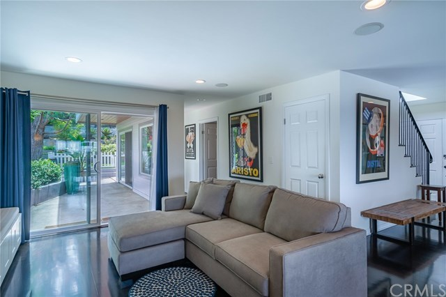 Active Under Contract | 1944 N Ardmore  Avenue Manhattan Beach, CA 90266 20