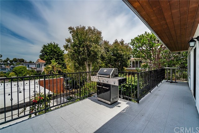 Active Under Contract | 1944 N Ardmore  Avenue Manhattan Beach, CA 90266 33