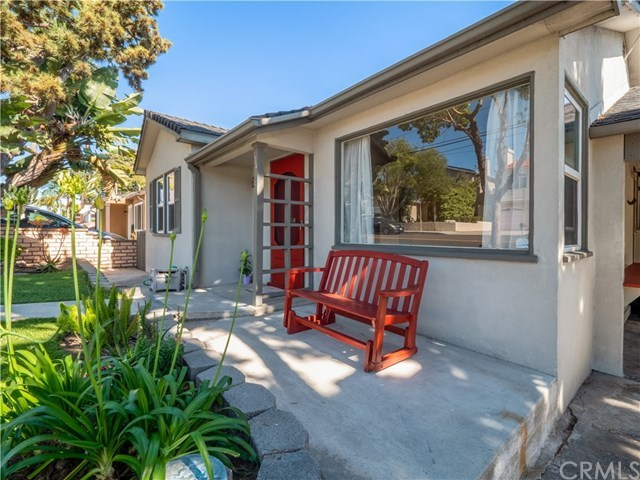 Closed | 1524 E Mariposa Avenue El Segundo, CA 90245 3