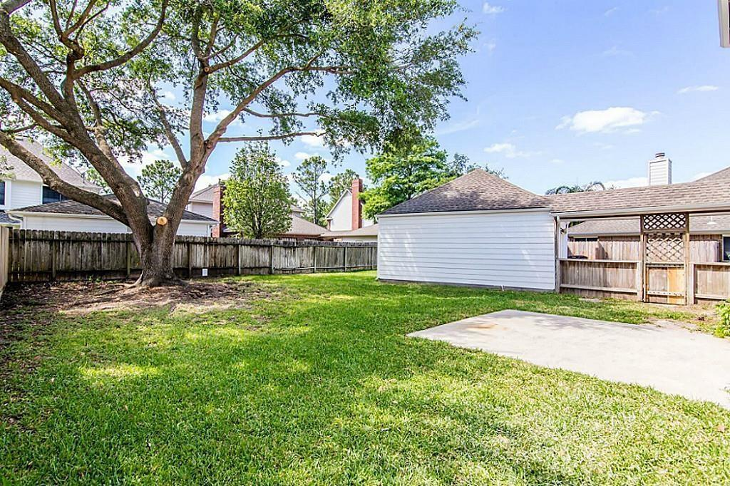 Active | 14914 Redwood Bend Trail Houston, TX 77062 17