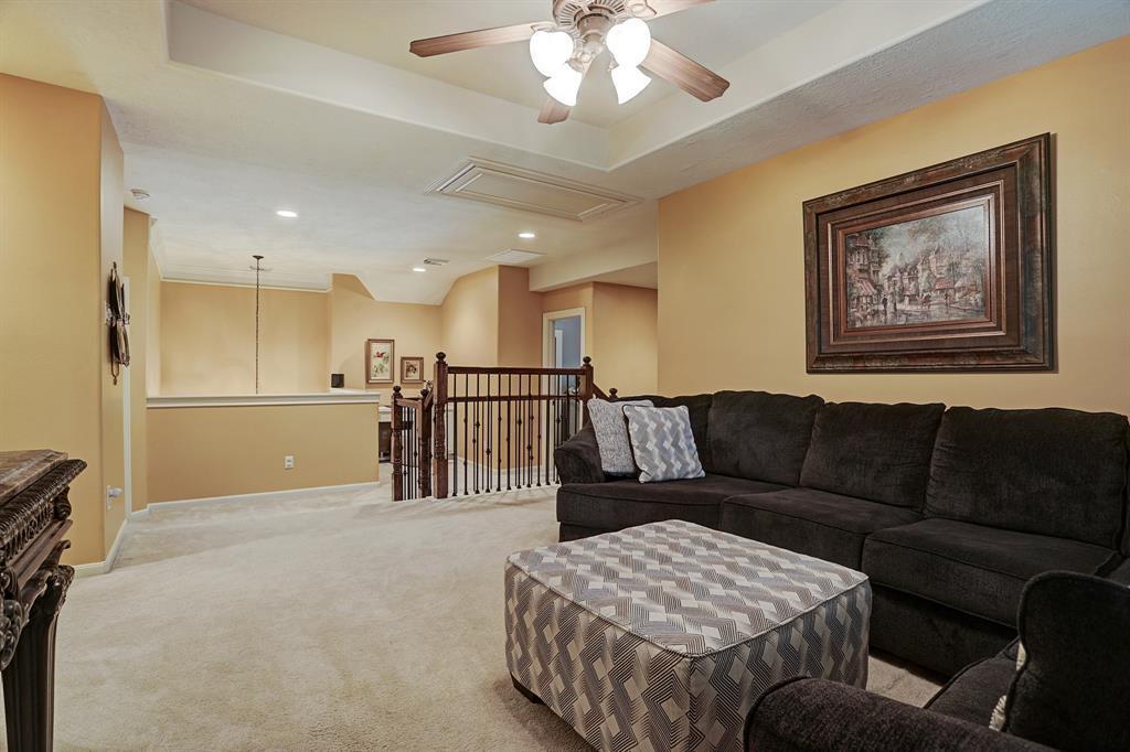 Pending   5903 Grovesnor  Street Pearland, TX 77584 23