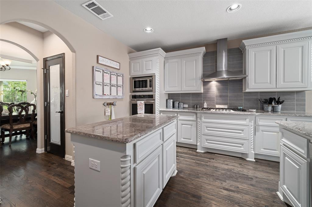 Active Contingent | 12368 Willowgate  Drive Frisco, TX 75035 11