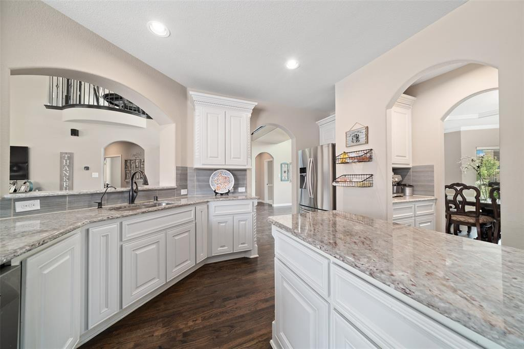 Active Contingent | 12368 Willowgate  Drive Frisco, TX 75035 12