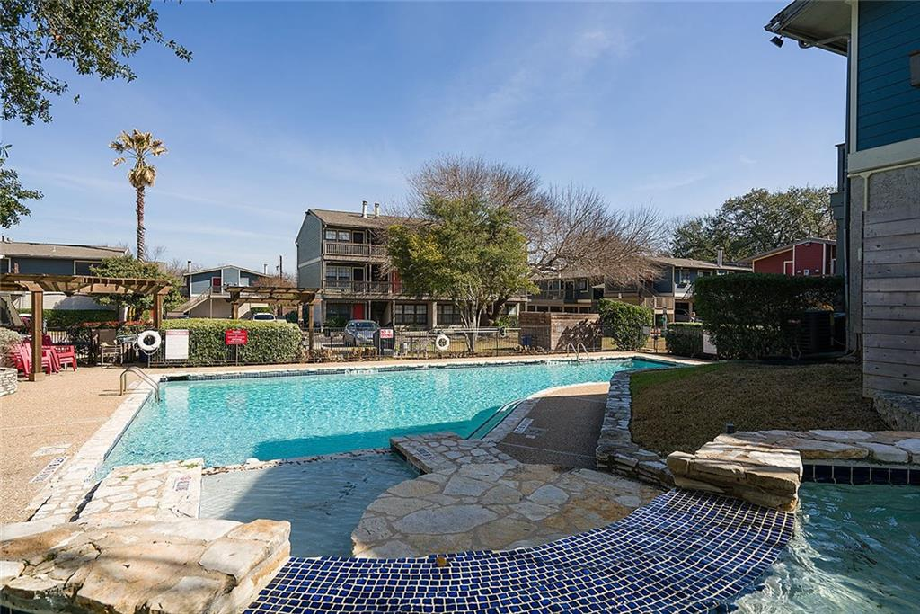 Active | 2215 Post  Road Austin, TX 78704 19