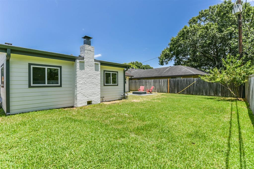 Pending Continue to Show | 5907 Hewitt  Drive Houston, TX 77092 22