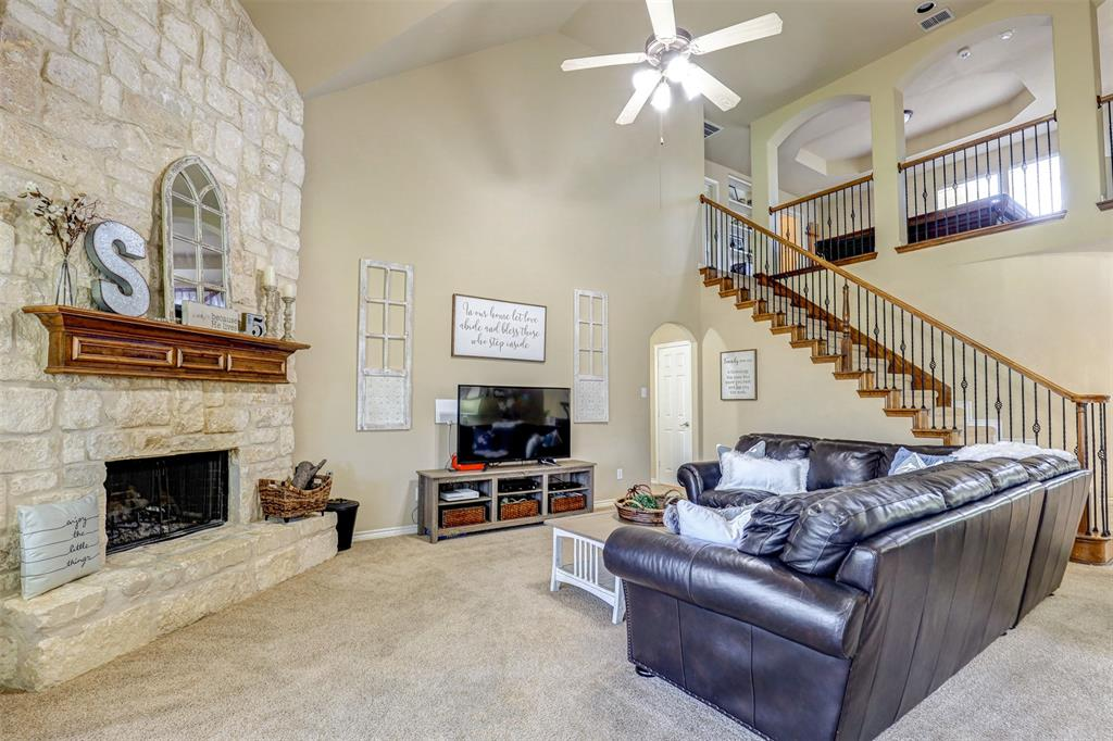 Active | 11940 Summerwind  Drive Fort Worth, TX 76244 5