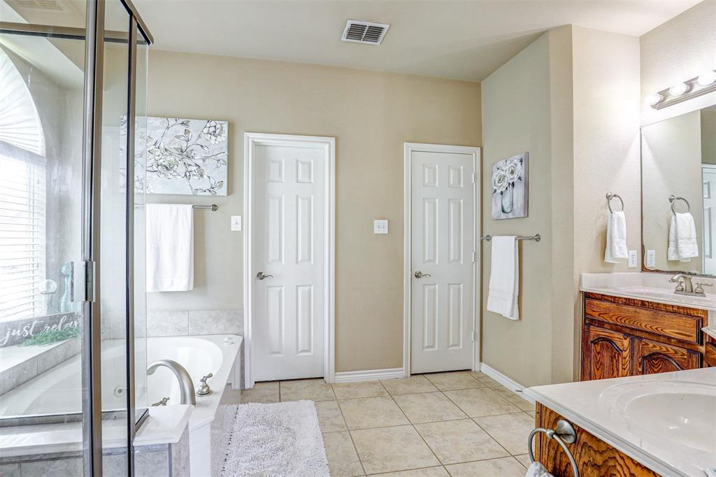 Active | 11940 Summerwind  Drive Fort Worth, TX 76244 8