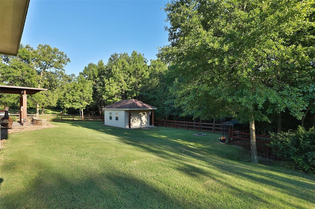 Pending Continue to Show | 1606 Opal  Trail Willis, TX 77378 41