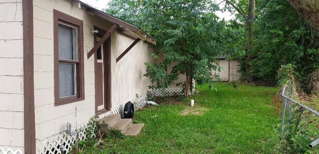 Active | 515 N Danville  Street Willis, TX 77378 2
