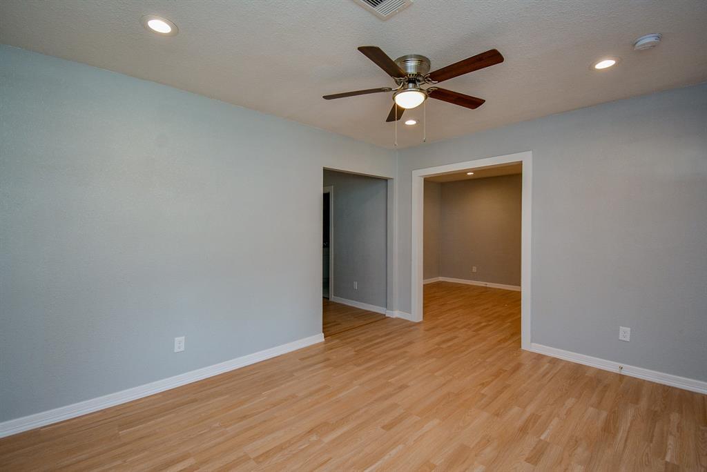 Active | 4902 Sycamore  Avenue Pasadena, TX 77503 7