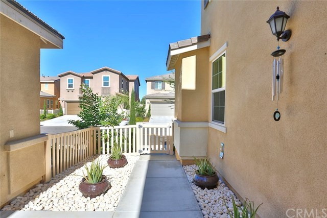 Active   11565 Solaire  Way Chino, CA 91710 9