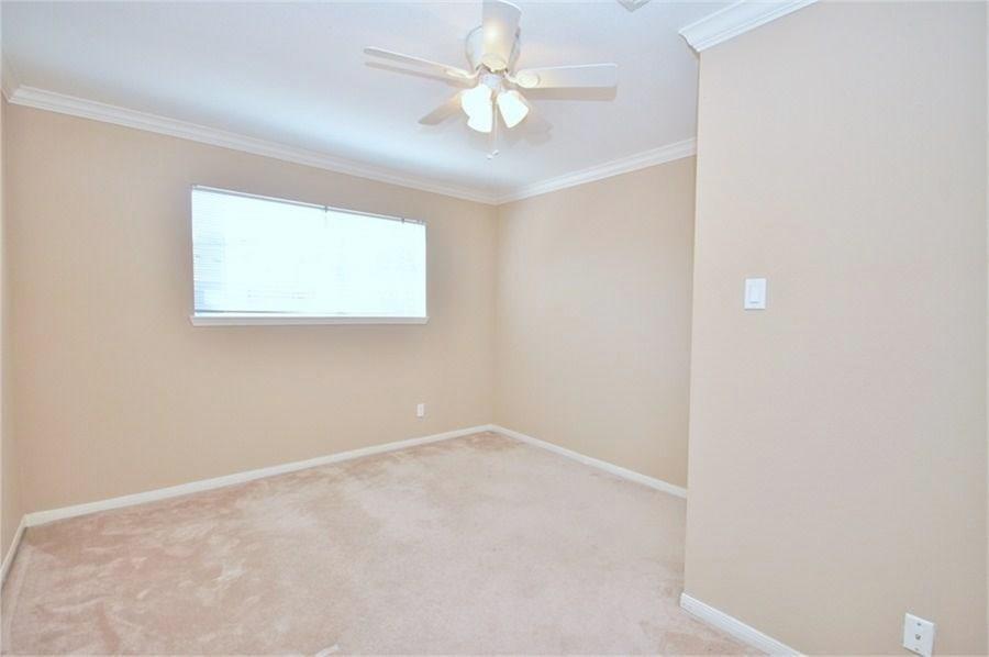 Pending | 7523 Brompton  Street Houston, TX 77025 10