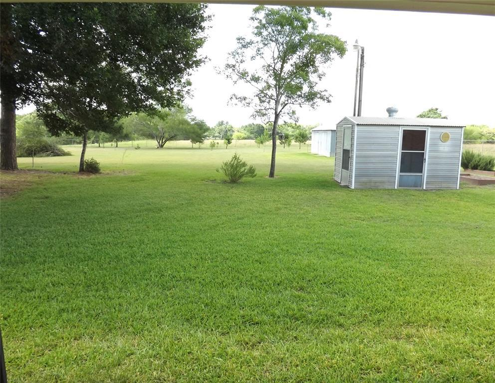 Fantastic Country Home On Right Size Acreage | 1187 Fm 1890 Columbus, TX 78934 6