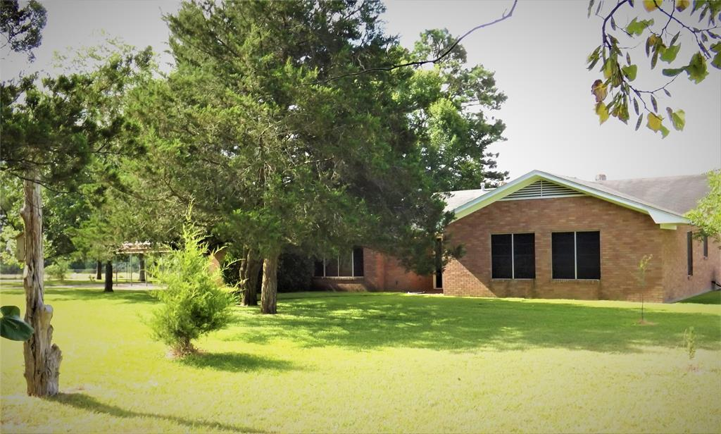 Fantastic Country Home On Right Size Acreage | 1187 Fm 1890 Columbus, TX 78934 10