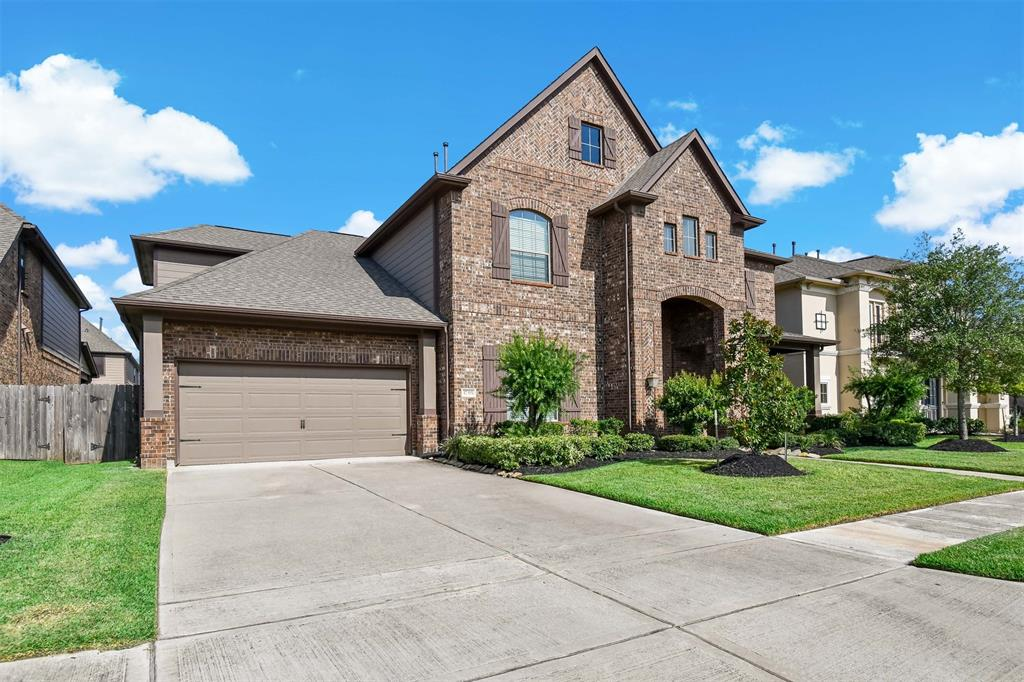 Active | 17315 Creekside Terrace  Court Tomball, TX 77375 0