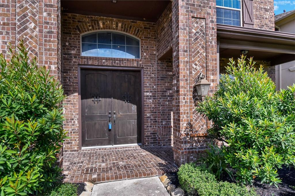Active | 17315 Creekside Terrace  Court Tomball, TX 77375 1