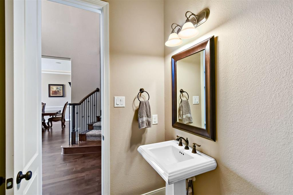 Active | 17315 Creekside Terrace  Court Tomball, TX 77375 10