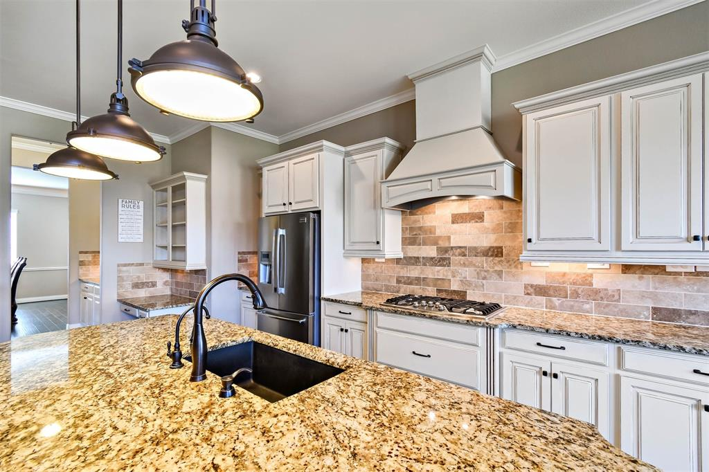 Active | 17315 Creekside Terrace  Court Tomball, TX 77375 16