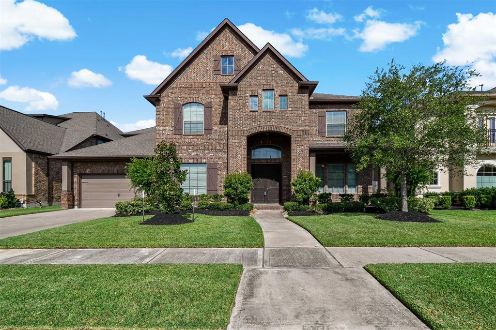 Active | 17315 Creekside Terrace  Court Tomball, TX 77375 2