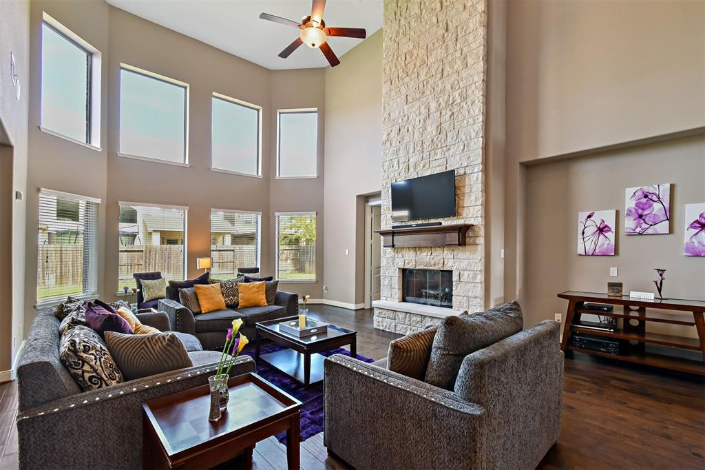 Active | 17315 Creekside Terrace  Court Tomball, TX 77375 27