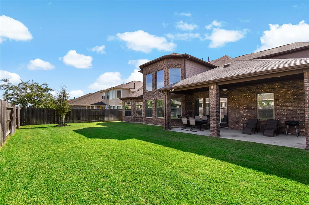 Active | 17315 Creekside Terrace  Court Tomball, TX 77375 3