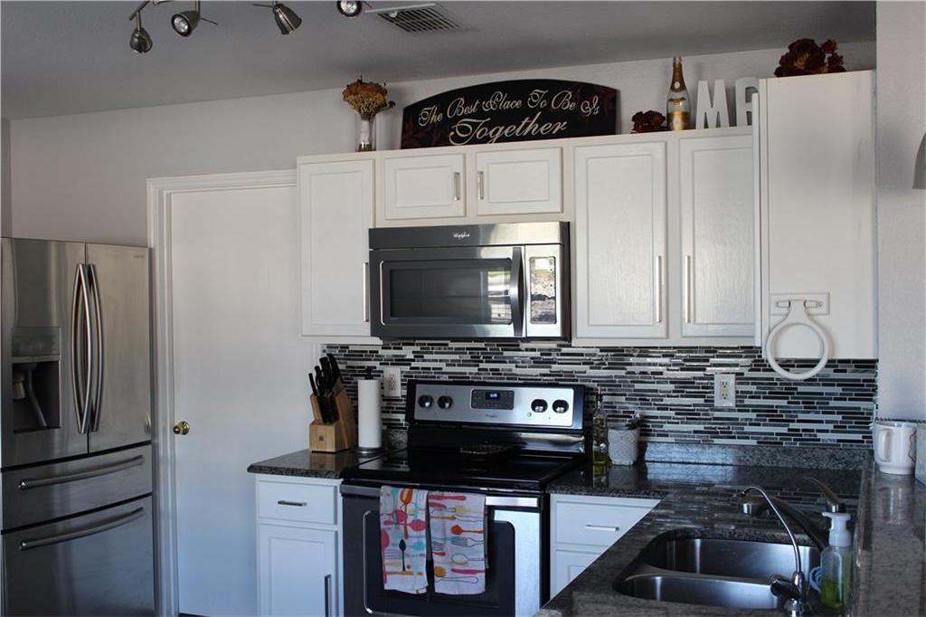 Sold Property | 1108 Bannack Drive Arlington, Texas 76001 2