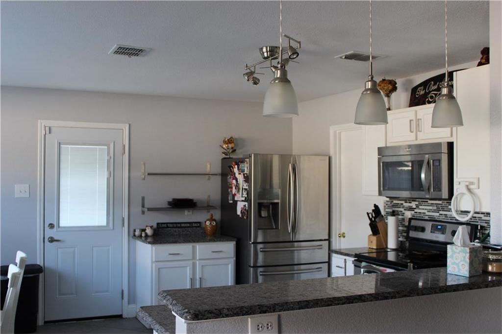 Sold Property | 1108 Bannack Drive Arlington, Texas 76001 4
