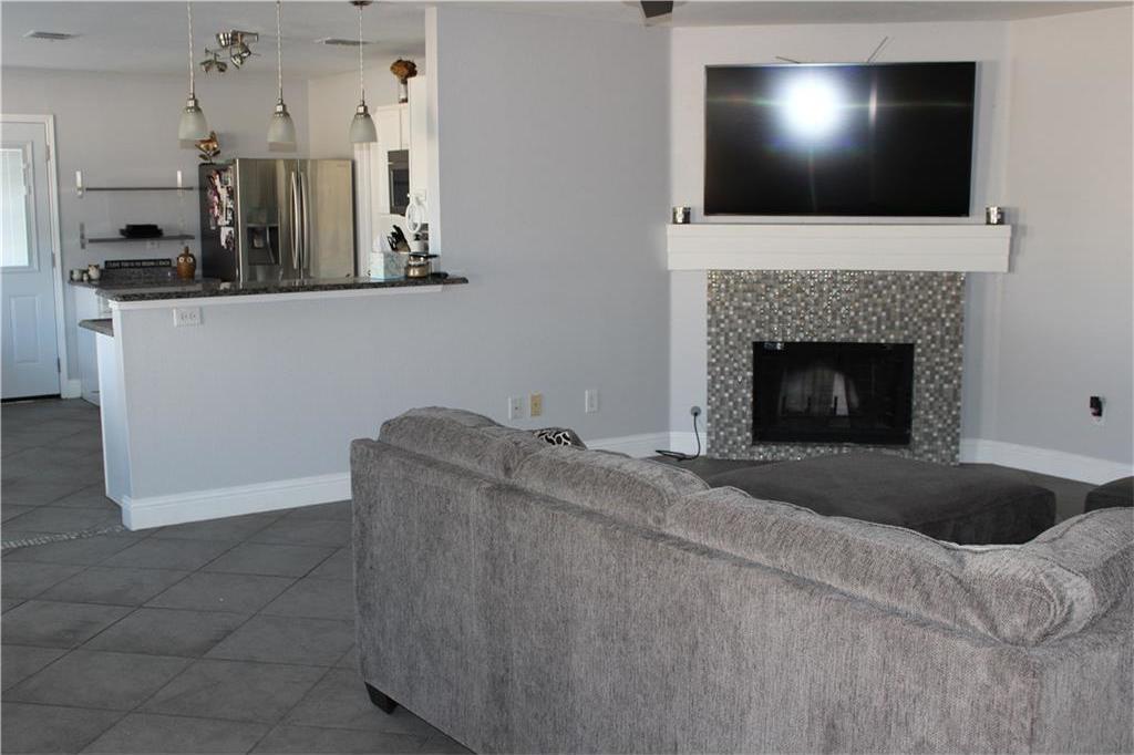 Sold Property | 1108 Bannack Drive Arlington, Texas 76001 7