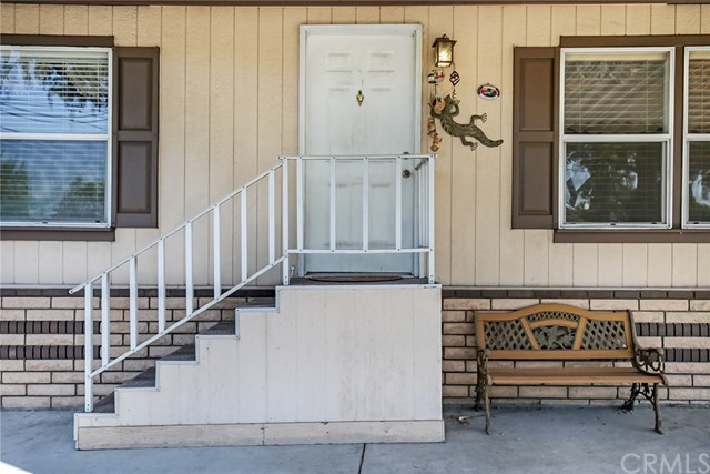 Closed | 1565 Arrow  Highway #C2 Upland, CA 91786 3