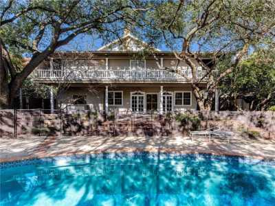 Sold Property | 3815 Beverly Drive 11