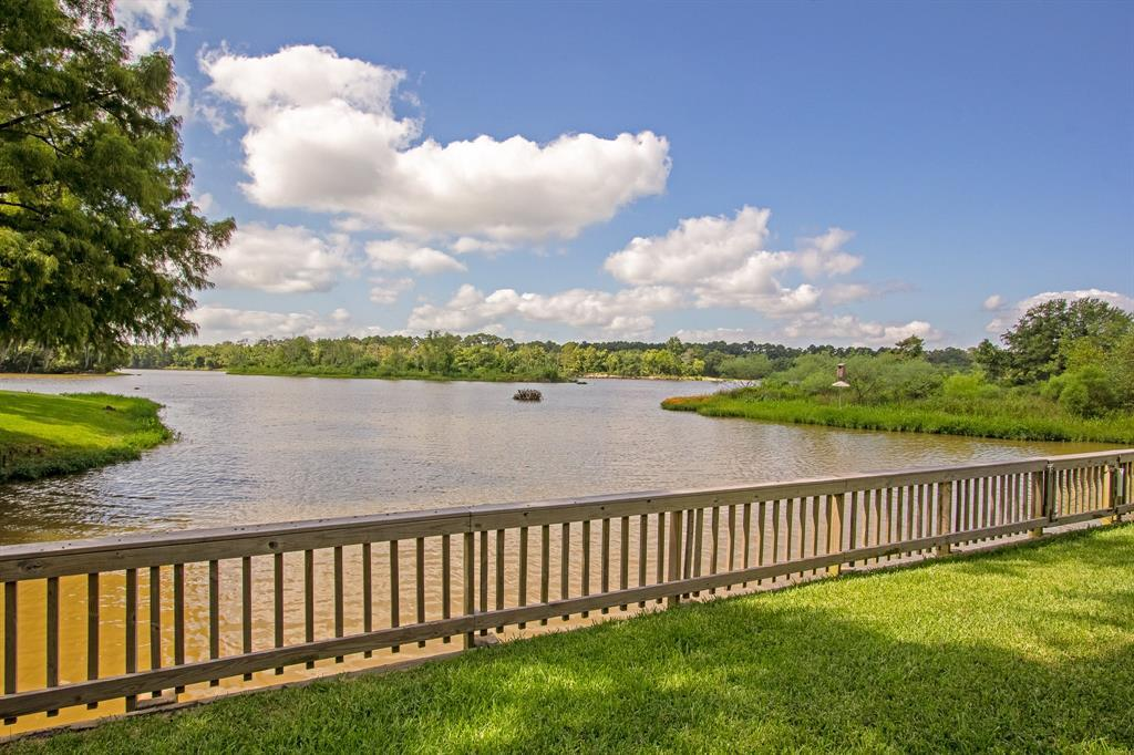 Active | 126 Magnolia Point Huffman, TX 77336 24