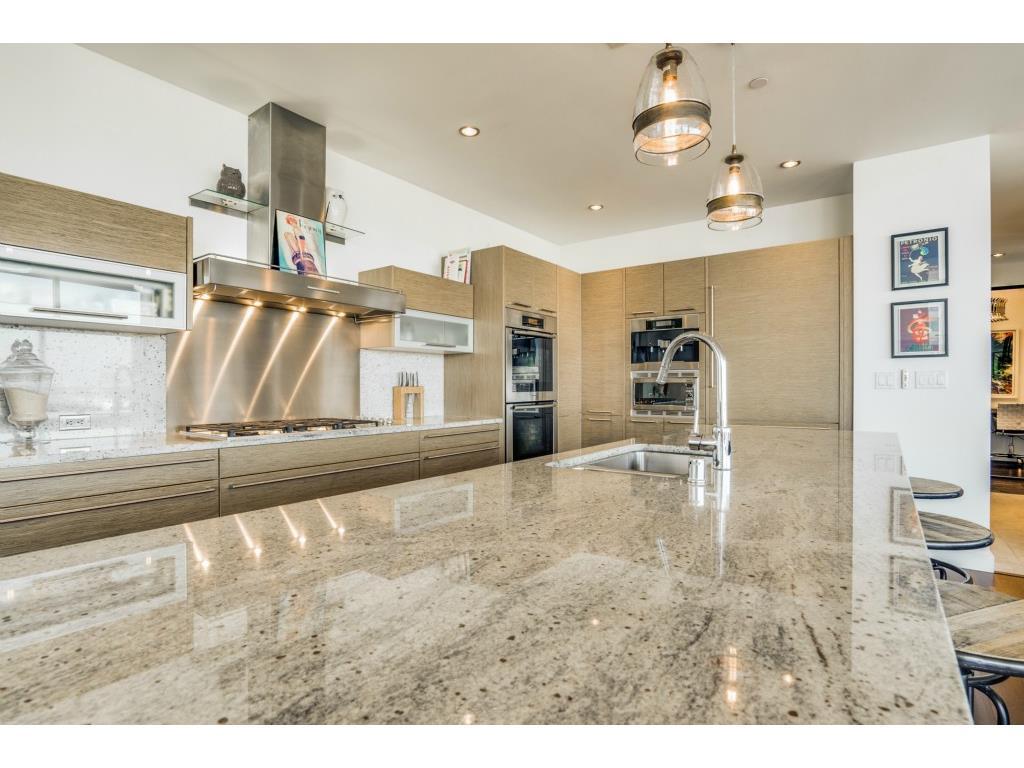 Sold Property   2900 Mckinnon Street #1405 Dallas, TX 75201 8