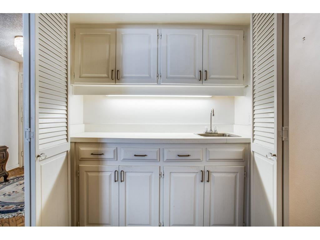 Sold Property | 6255 W Northwest Highway #116 Dallas, TX 75225 11