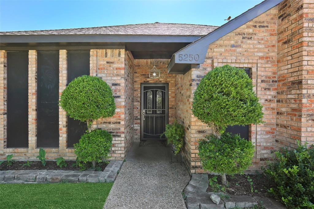 Dallas Real Estate | 5250 Freestone  Circle Dallas, TX 75227 3