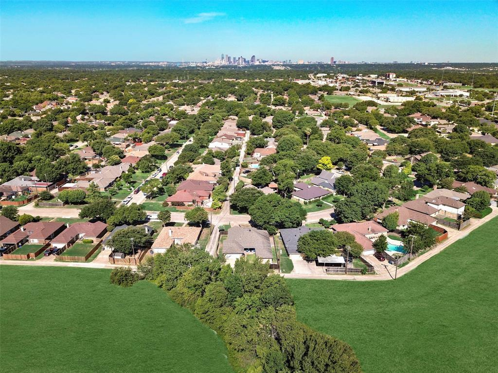 Dallas Real Estate | 5250 Freestone  Circle Dallas, TX 75227 34
