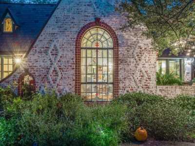 Sold Property | 2411 Auburn Avenue Dallas, Texas 75214 5