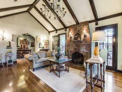 Sold Property | 2411 Auburn Avenue Dallas, Texas 75214 7