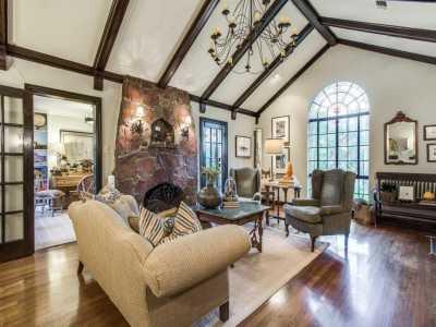 Sold Property | 2411 Auburn Avenue Dallas, Texas 75214 8
