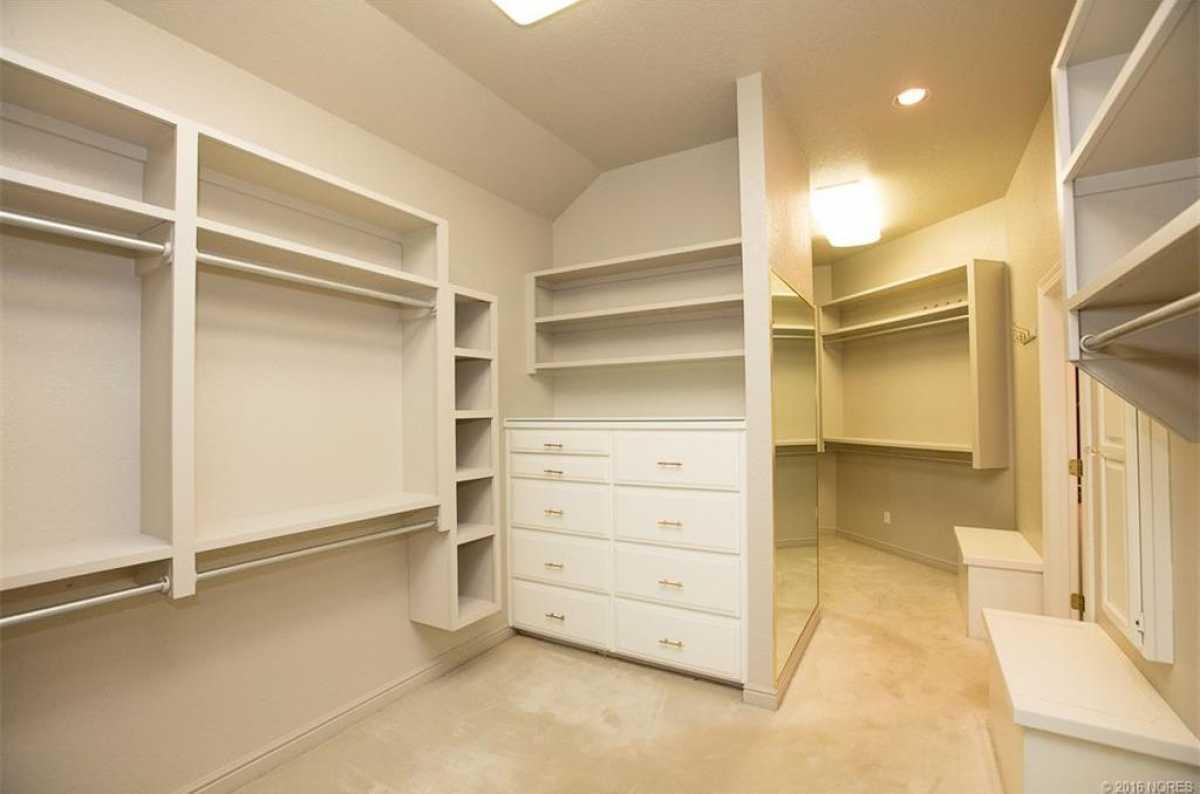 Tulsa Luxury Homes | 11402 South Granite Place Tulsa, OK 74137 19