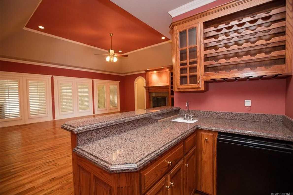 Tulsa Luxury Homes | 11402 South Granite Place Tulsa, OK 74137 24