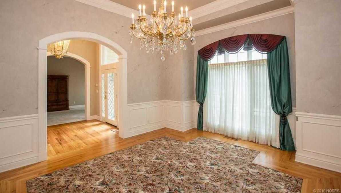 Tulsa Luxury Homes | 11402 South Granite Place Tulsa, OK 74137 30