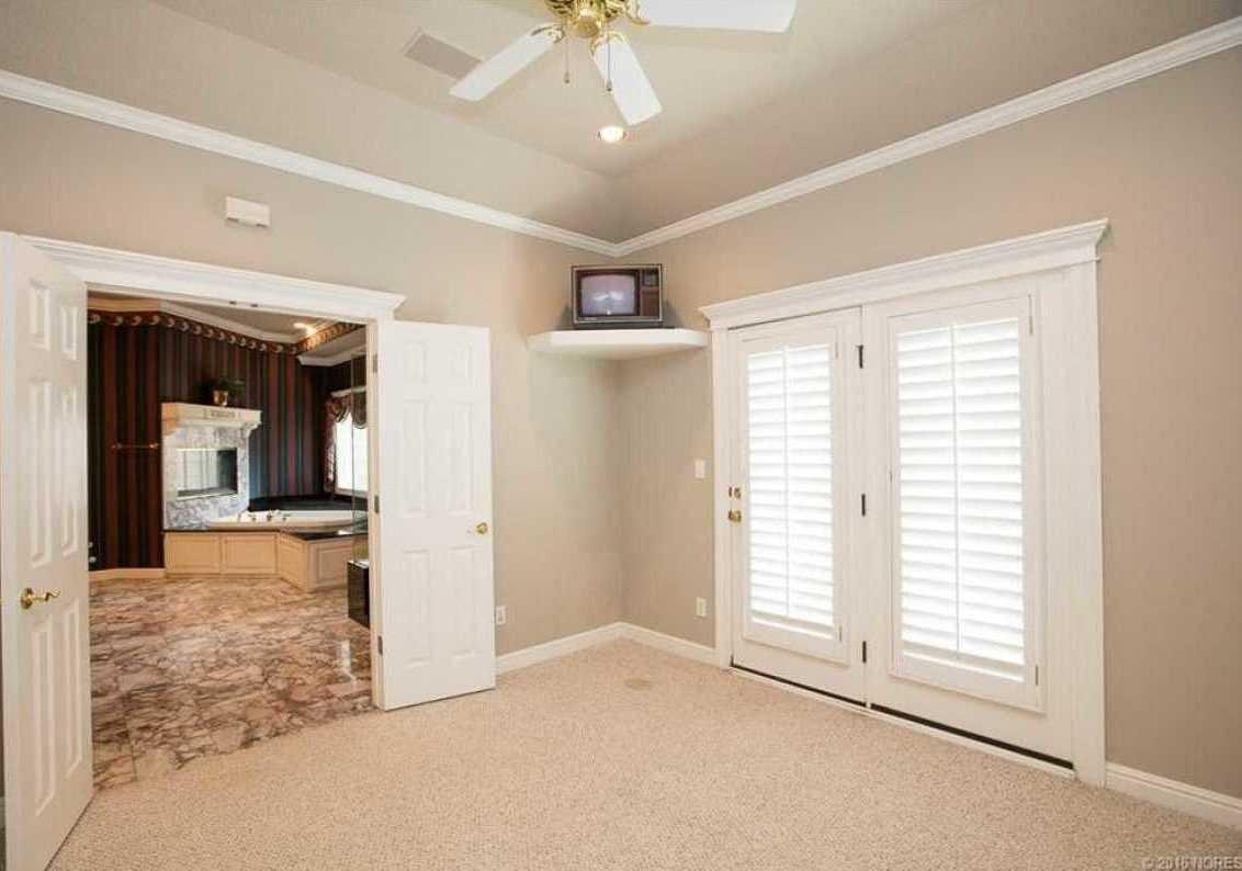 Tulsa Luxury Homes | 11402 South Granite Place Tulsa, OK 74137 4