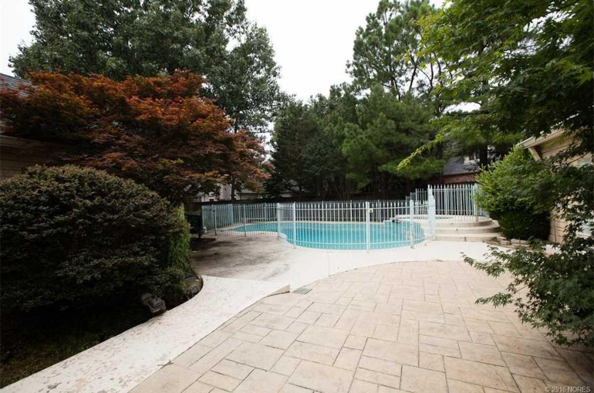 Tulsa Luxury Homes | 11402 South Granite Place Tulsa, OK 74137 5