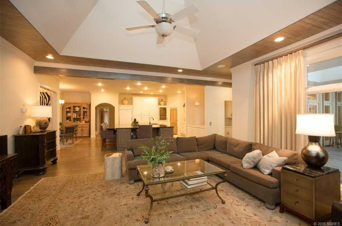 Tulsa Mansion  | 11415 South Sandusky Avenue Tulsa, OK 74137 21